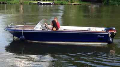15ft Broom Speed Boat 9 9hp Engine River Day Classic Fishing