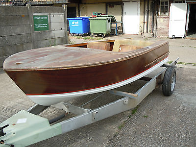 Broom Javelin Classic 1960 Wooden Speed Boat 55hp Outboard Engine